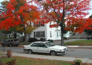 Volvo 780 wit in USA herfst